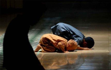 Çocuğu Kim Müslüman Yapar