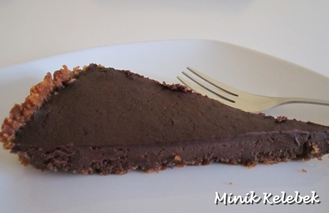 çikolatali bisküvili tart