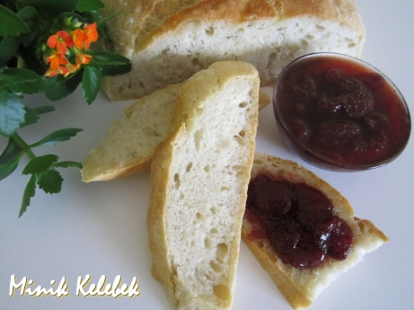 Ev Yapimi Ekmek 1