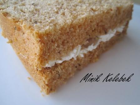 Ekmek Makinesinde Salçali Baharatli Ekmek